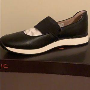 Vionic Shoes | Vionic Taylor Trainer
